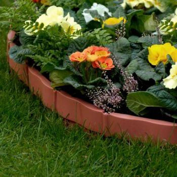 Пластиковая бордюрная лента для сада